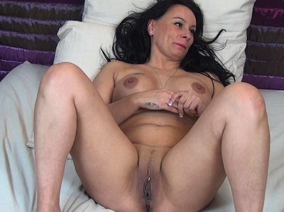 French mature makeup in hot anal sex 6